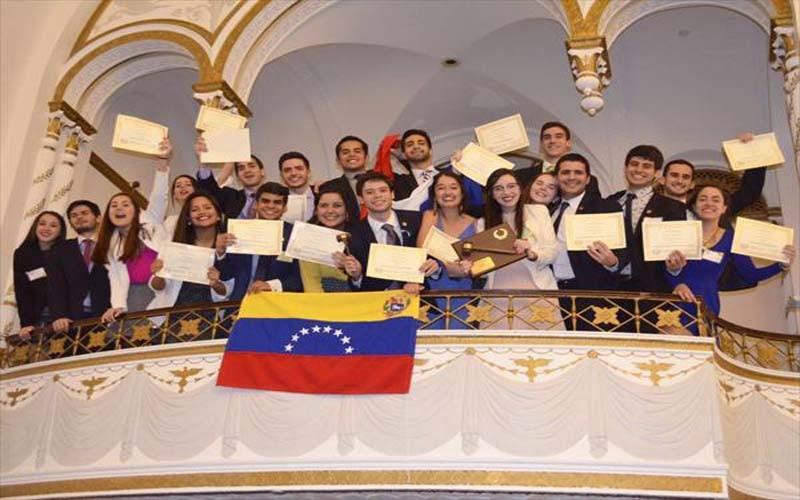 Venezolanos ganan por 4ta vez modelo de la ONU de Harvard