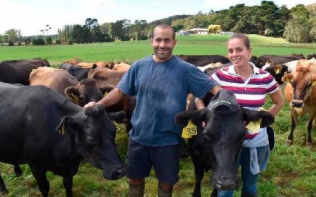 Pareja venezolana gana premio en Australia por excelencia en la industria láctea
